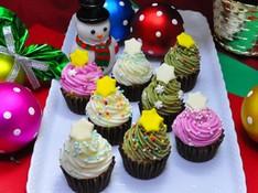 料理レッスン写真 - なんと12個お持ち帰り! 可愛すぎるカラフルクリスマスツリーケーキ