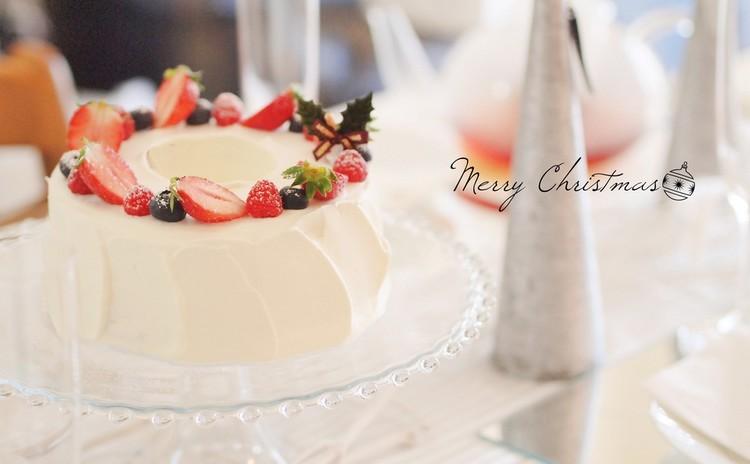 これなら私にもできる♡お手軽!紙型で作るクリスマスシフォンケーキ