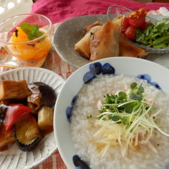 優しい美味しさ!!昆布出汁ベースの鶏スープで中華定食