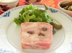 料理レッスン写真 - 年末年始のパーティに!鶏肉のテリーヌ、牡蠣のフラン、ラフランスのムース