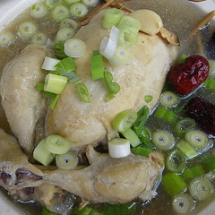 【お持ち帰り】参鶏湯と白菜キムチ(コッチョリ)