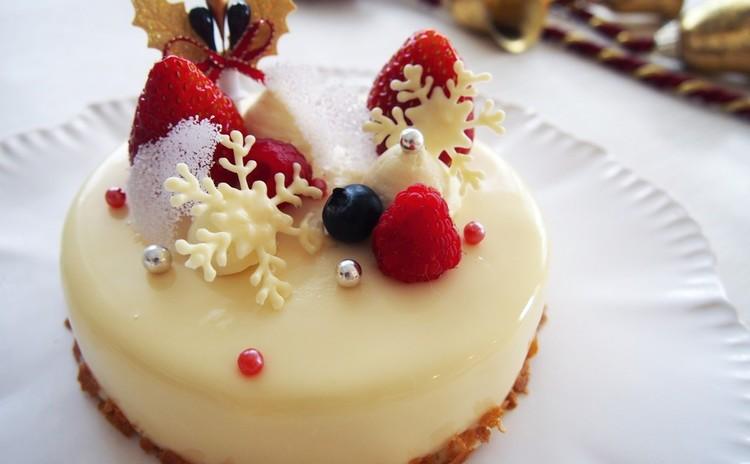 純白★スノーホワイトクリスマスケーキ♪とハーブグラタン