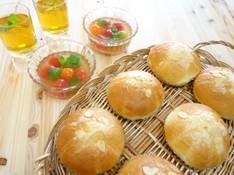 料理レッスン写真 - 手ごねパン♫ふんわり柔らかほんのり甘いアーモンドボールパン