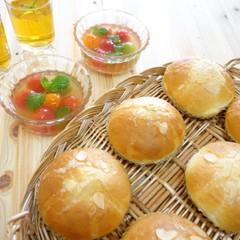 手ごねパン♫ふんわり柔らかほんのり甘いアーモンドボールパン