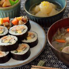 美味しいすし飯で巻き寿司(太巻き)♡定番にしたい煮物&具沢山の豚汁も♪