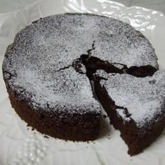 糖質制限でガトーショコラ作り!アーモンドのロッシュショコラも!