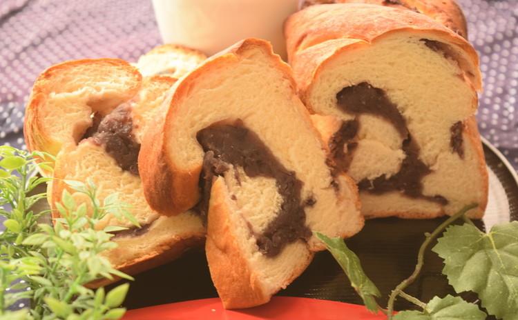 【新春のお茶請けに♡】極みの餡食パン★1本持ち帰り&豆乳パン6個♪