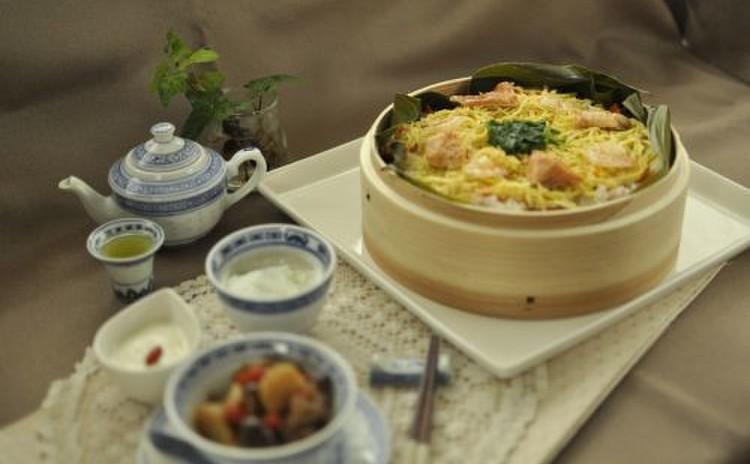 冬の養生薬膳*ご馳走あったか鮭のせいろ寿司&薬膳木の実タルト