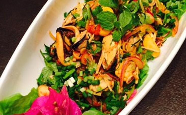 ムール貝のチリインオイルソース&茹で海老のタイ風ディップ