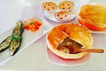 料理レッスン写真 - あったかパンシチュー2つとファルシとラペ!ストロベリーチーズケーキ3つ