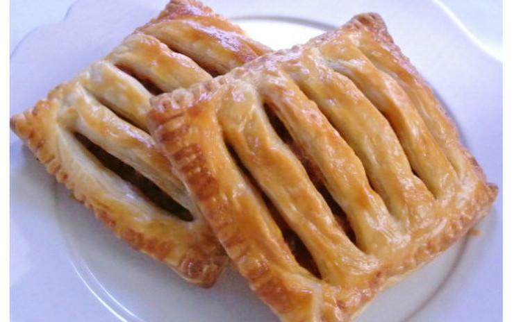 冷凍パイシートで作る簡単ミートパイ&キノコのクリームスープパイ包み焼き