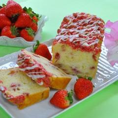 旬のいちごを焼き菓子に!~いちごのクランブルパウンドケーキとクッキー~