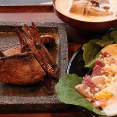 ブリを丸ごと一本使い切りましょう!黒酢照り焼き、お刺身サラダ、スープ煮