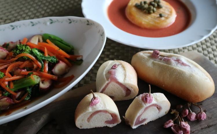 春を感じる「桜餡ロールパン」と菜の花サラダ・とろとろチーズのスープ
