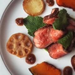 フライパンで簡単「ローストビーフ!ソースが絶品」他、春のお祝い料理4品