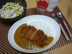 料理レッスン写真 - カツカレー マカロニサラダ イチゴムース