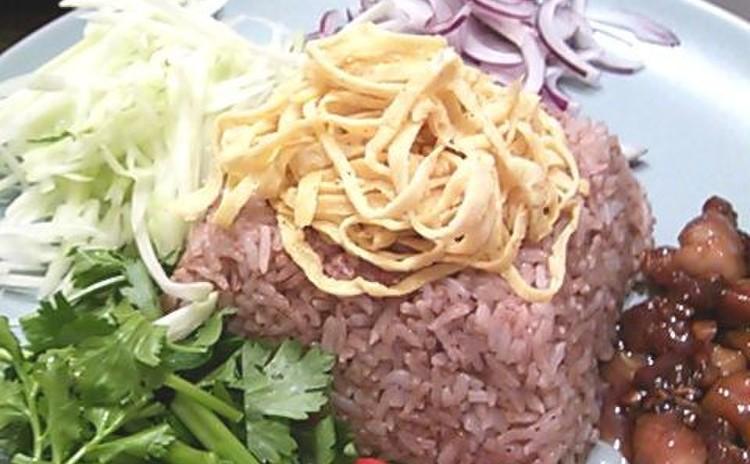 カピ(海老ペースト)を使って、彩りもきれいな混ぜご飯&温野菜スープ