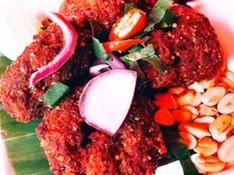 料理レッスン写真 - 東北イサーンの香ばしい調味料、カオクワ(炒った米の粉)で簡単三品