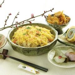 """日常品で作る""""普段のちらし寿司""""で節目を飾る。春を祝う香りの献立!"""