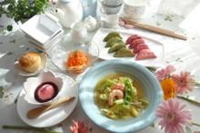 料理レッスン写真 - 「おめでとう!頑張ってね」の気持ちを込めて ♡さくら&若葉のギョーザ♡