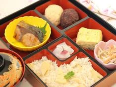 料理レッスン写真 - お花見やピクニックに筍ご飯と小豆あんを作るぼた餅の献立♪ブリ照りも