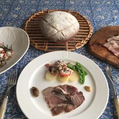 カンパーニュ〜自家製ロースハム&ひよこ豆とカッテージチーズのマリネ〜