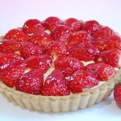 【プロが教える】(初級)贅沢☆たっぷりイチゴ☆『苺のタルト』18cm台