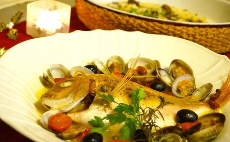 大人気!見栄え豪華な魚1尾でアクアパッツァ&牡蠣のリゾット!