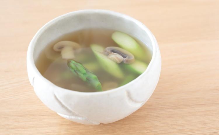 アスパラガスとマッシュルームのスープ
