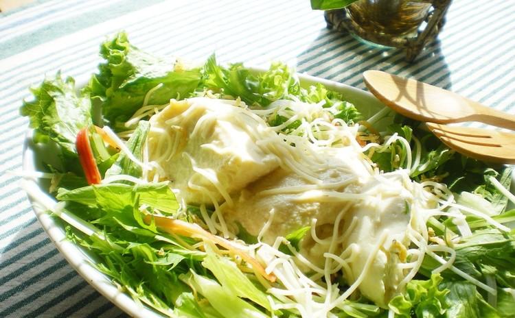 じゃこと寄せ豆腐のサラダ*チーズ仕立て