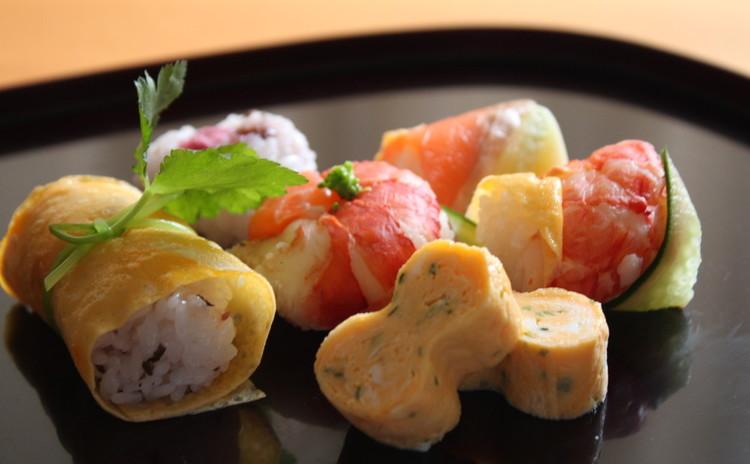 彩りお寿司のバリエーション 手綱寿司・手毬寿司