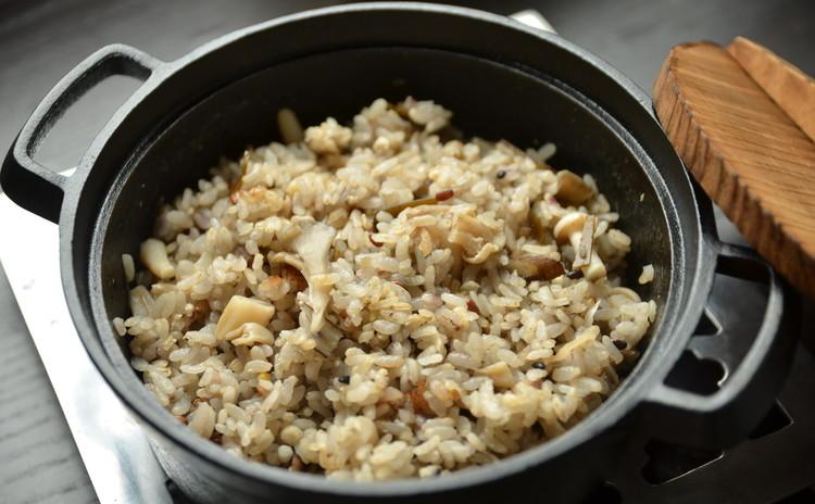 ~塩味~乾物とキノコの雑穀入り炊き込みご飯