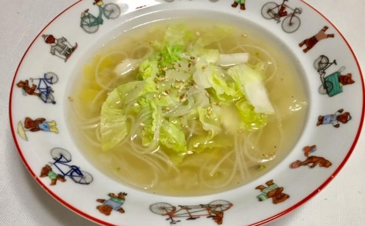 鶏肉団子の春雨入りスープ