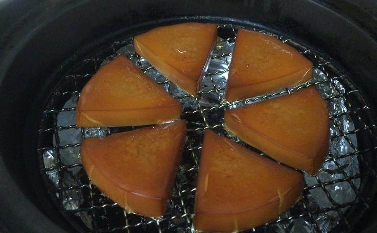【燻製実習!】ブラックペッパーとチーズ【燻製デモ】燻製キーマ玄米カレー