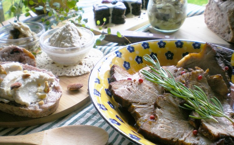 お家バルを楽しむ!簡単絶品♡豚肉の赤ワイン煮&他3品