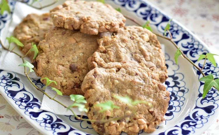 ココナッツオイルで作るナッツのクッキー