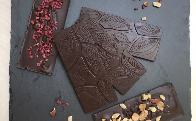 スーパーフードカカオパウダーで作る本格派チョコレートを大切な人へ