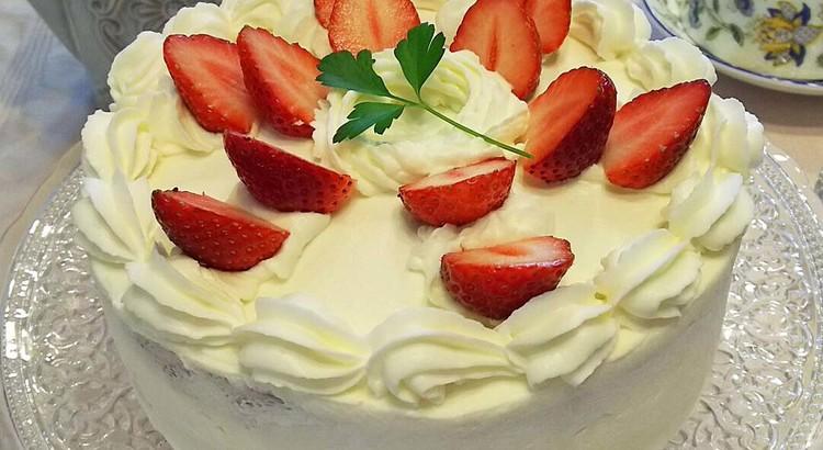 ふんわりしっとりキメの細かい美味しいストロベリー・ショートケーキ