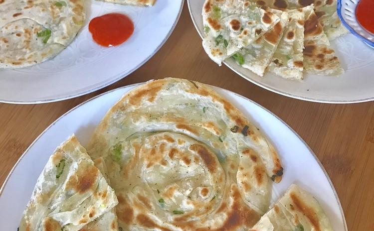 手打ちの北京風ジャージャー麺&葱油餅&きくらげのあえもの