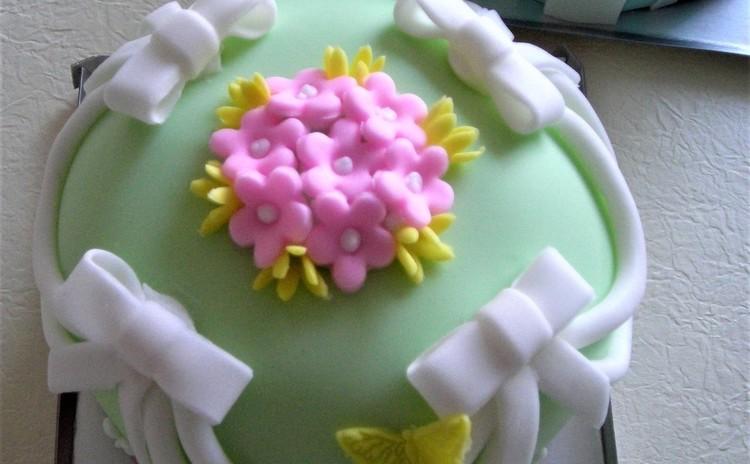 春のシュガーケーキを作りましょう