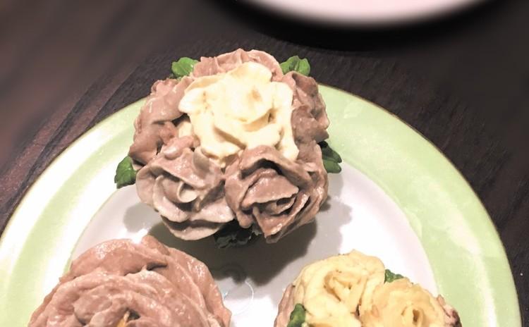 妊婦さんのためのビューティフラワーカップケーキ