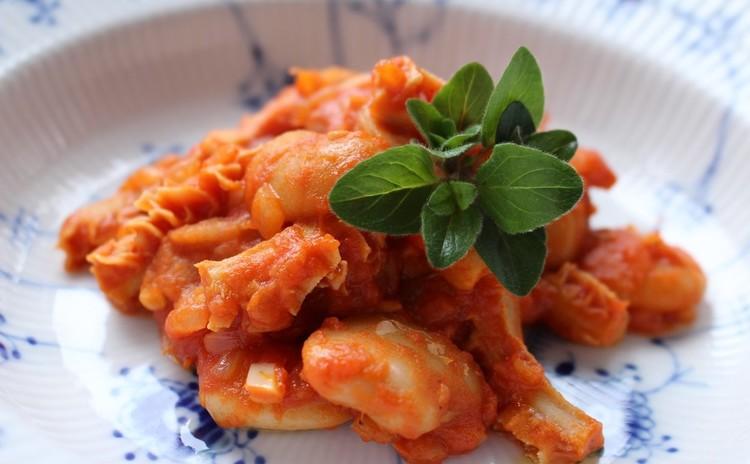 「国産トリッパと白花豆のトマト煮」