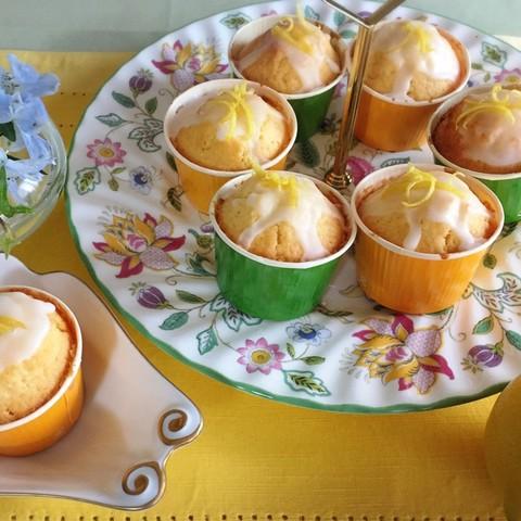 はちみつレモンのミニカップケーキ