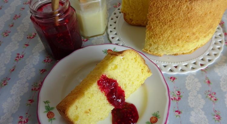 バニラシフォンケーキと2種のジャム