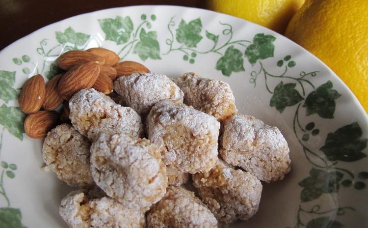 ナッツでソースに甘味とコクが。桜エビのパスタ&アスパラのビスマルク風