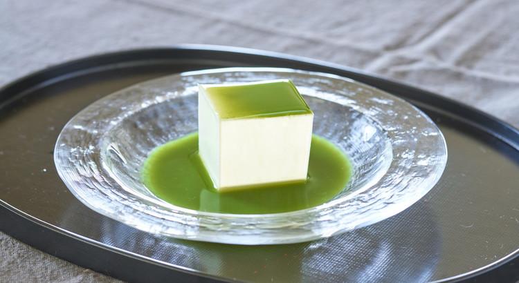 寒天のレアチーズ 翡翠ソース