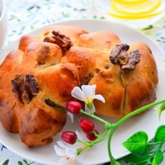 ★初夏に向けて~冷茶に合うマーラーカオと蜂蜜クルミパン