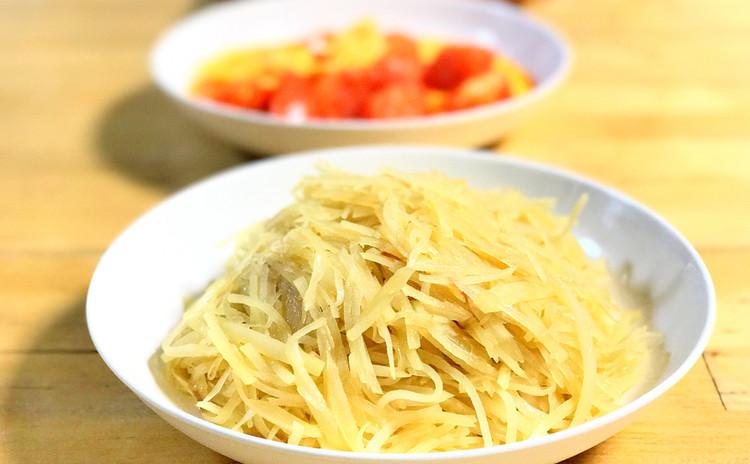 炒土豆絲(ジャガイモの炒め物)