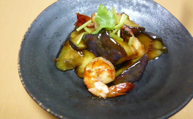 海老と茄子の炒め煮 鶏つくね キノコと菊菜の和え物 ふき土佐煮