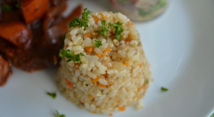 ☆お鍋で炊く☆野菜とキノコのシンプル雑穀ピラフ